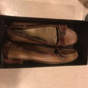 Cole Haan Almost like new driving Mocs -size 10